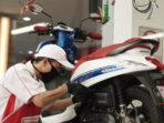 Motor 4-Tak Anda Mengeluarkan Asap Putih? Waspada, bisa Saja Olinya Bocor