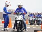 Begini Cara Mengerem Sepeda Motor Pada Kecepatan Tinggi