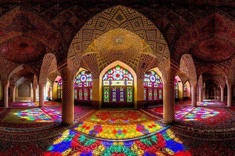 masjid merah muda