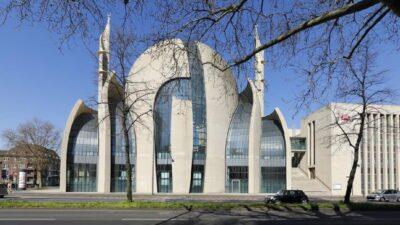 Keren! Gereja Ikut Berdonasi dalam Pembangunan Masjid di Jerman