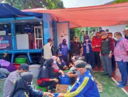 Dapur Umum di Sukabumi Pasok Telur Rebus untuk Nakes