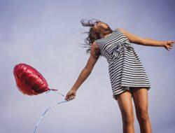 Mimpi Merasa Bahagia dan Kebahagiaan? Jangan Senang Dulu! Ini 7 Arti dan Maknanya